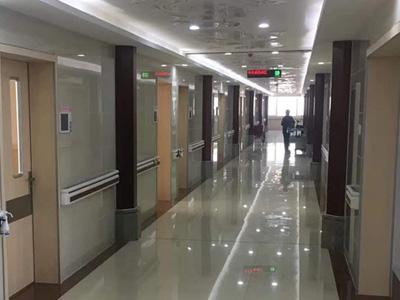 医院走廊扶手工程